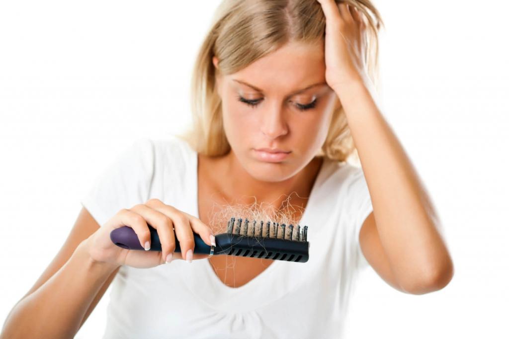resolving_female_hair_loss